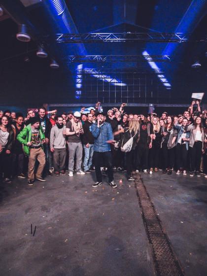 Tapefabrik #5 – Crowdcypher – 001