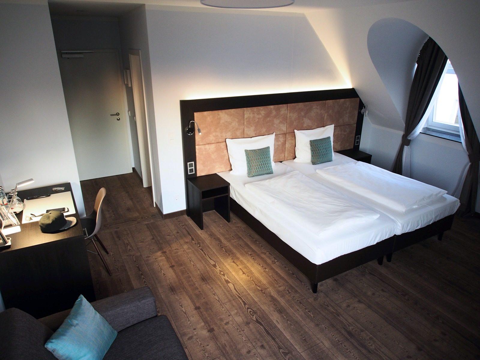 Eine Nacht Im Schonen Hotel Uhu In Koln Delbruck