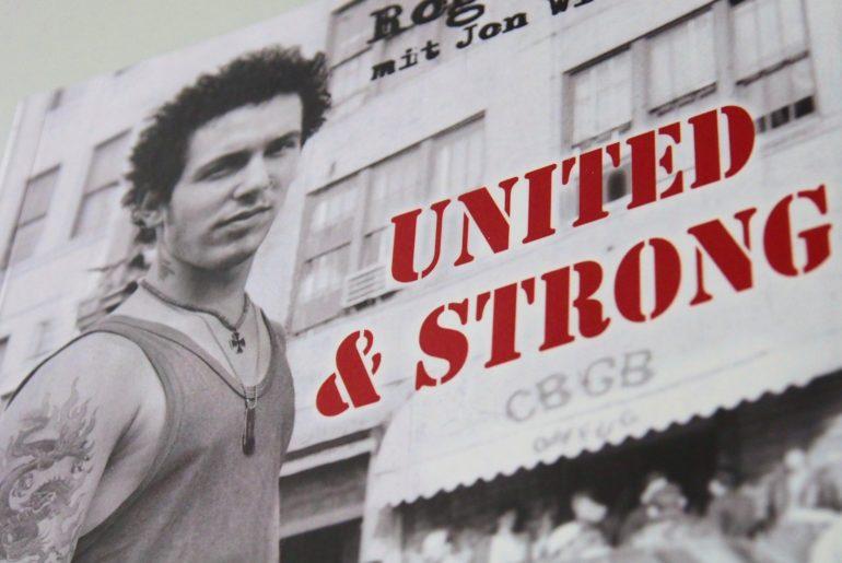 Reingelesen: Roger Miret – United & Strong (New York Hardcore – Mein Leben mit Agnostic Front)